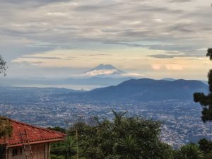 Budget travel and photography in Central America